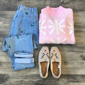 Vintage Pink Snowflake Christmas Sweater